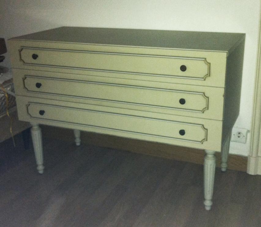 diy refaire un meuble en 5 tapes miss ambre. Black Bedroom Furniture Sets. Home Design Ideas