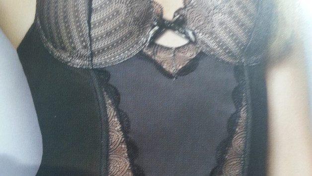 un_corset_sexy_pour_une_soirée_coquine